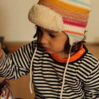 Abans odiava els barrets i ara se'ls posa dins de casa i tot